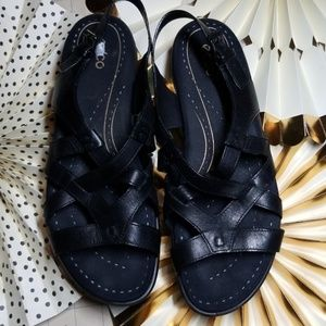 Ecco Strappy Flat Black Leather Sandals size 43